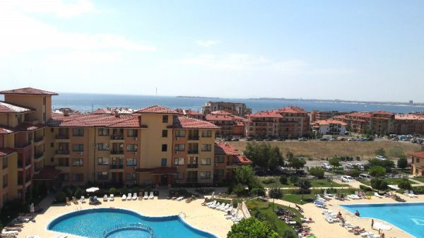 Apartment in Saint Vlas